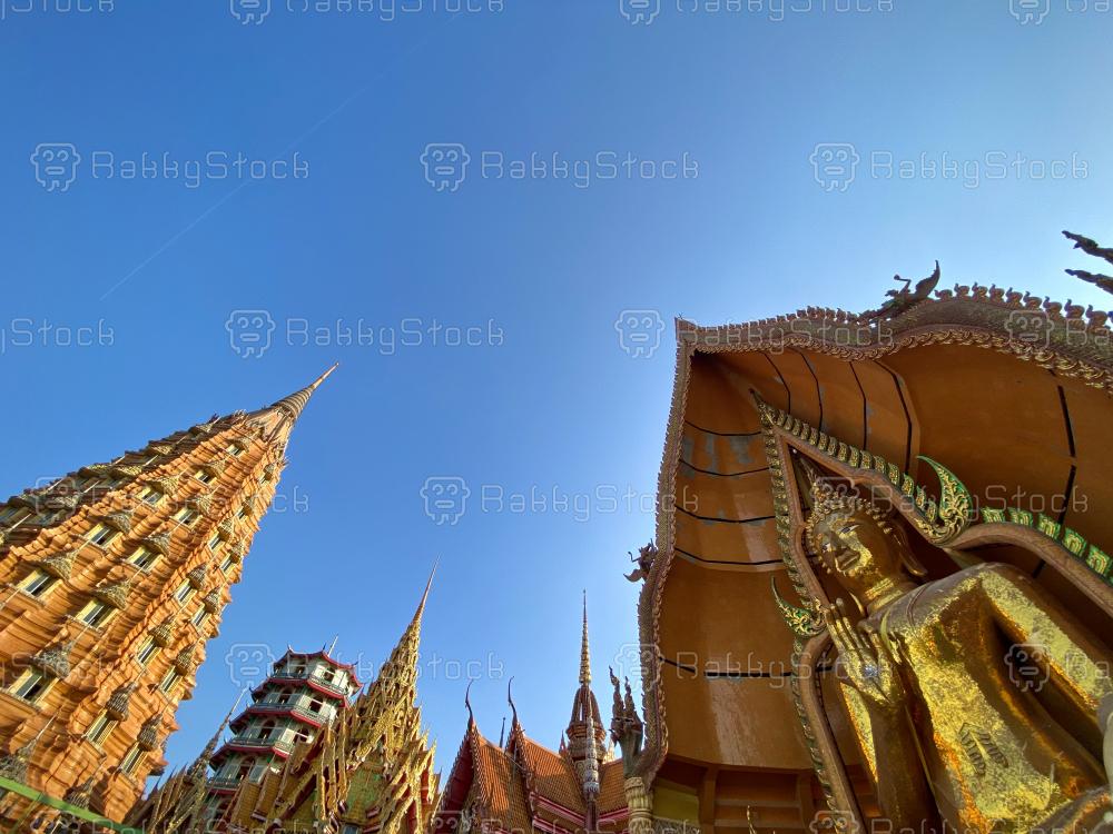 Tham Sua Temple